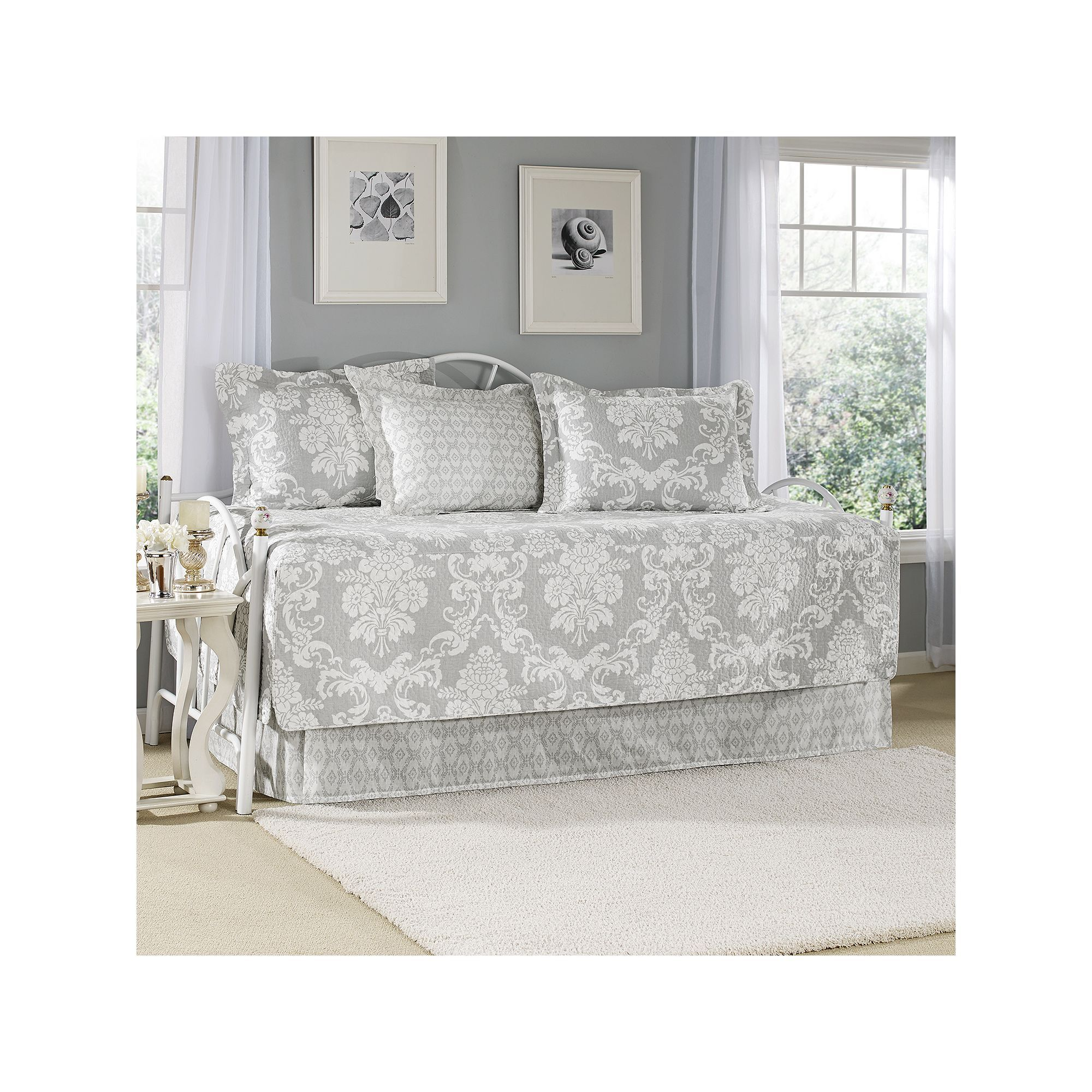 - Laura Ashley Lifestyles Venetia 5-pc. Daybed Quilt Set Daybed