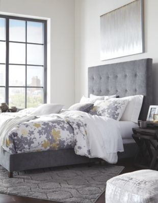 Photo of Dolante Queen Upholstered Bed, Gray