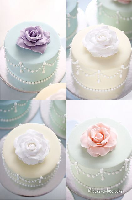 Romantic rose mini cakes by Bake-a-boo Cakes