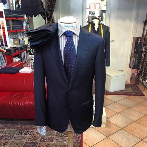 http://chicerman.com  sartoriascavelli:   Abito realizzato con il tessuto Trofeo di Ermenegildo Zegna  #ermenegildozegna #zegna #zegnatrofeo #bespoke #bespoketailoring #love #lovely #me #follow #followme #fattoamano #fashion #luxury #gentleman #handmade #madeinitaly #moda #menfashion #menstyle #menswear #couture #dapper #dappermen #tailor #tailored #tailoring #tailormade >http://ift.tt/1faFMcM - Italian Bespoke  #menshoes