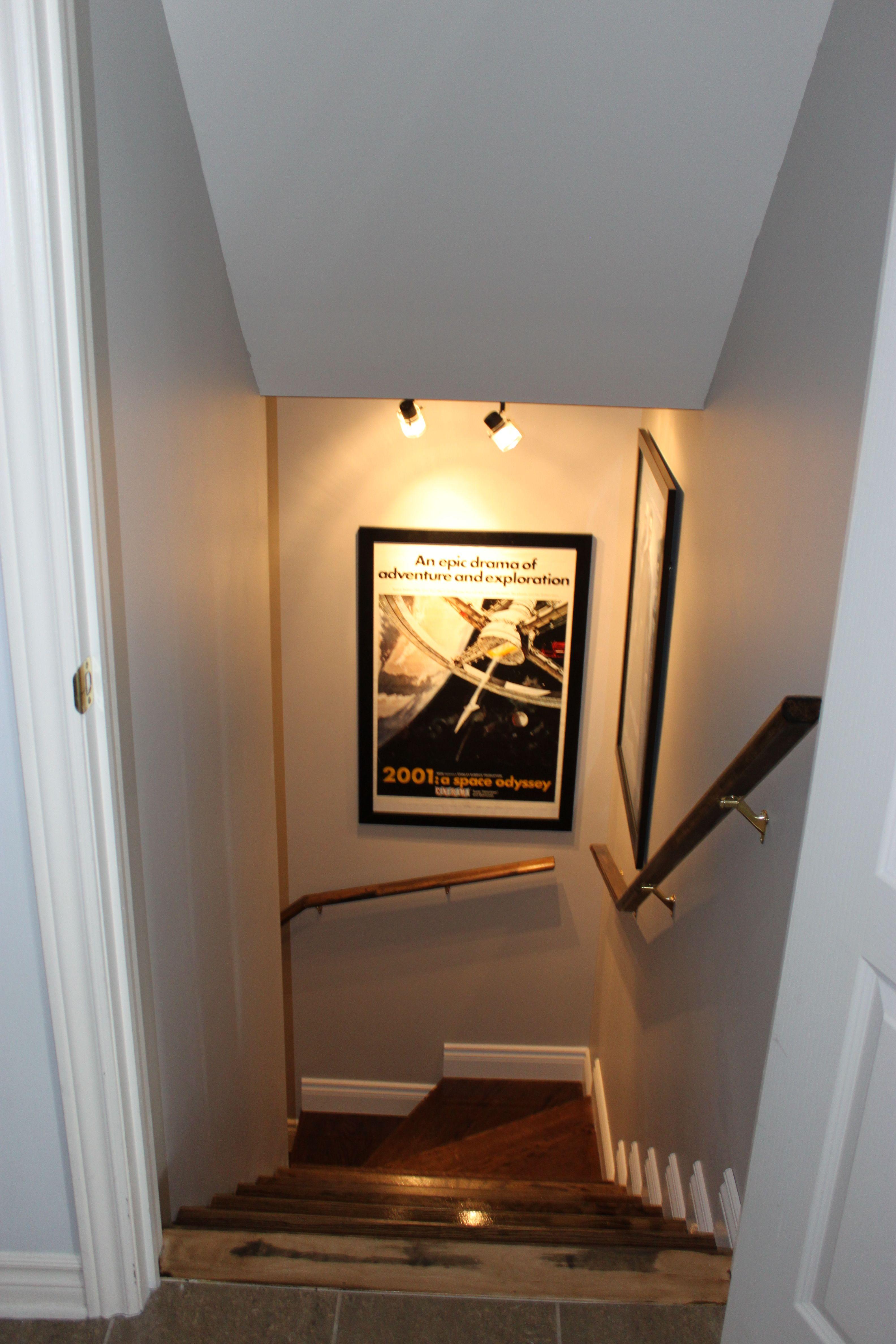 Escalier sous sol 12   Home decor, Basement furniture, Home remodeling