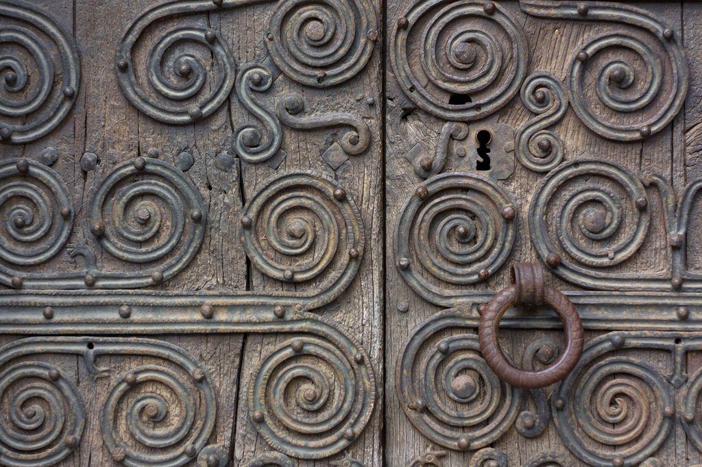Porte à Castelnou   Flickr - Photo Sharing!