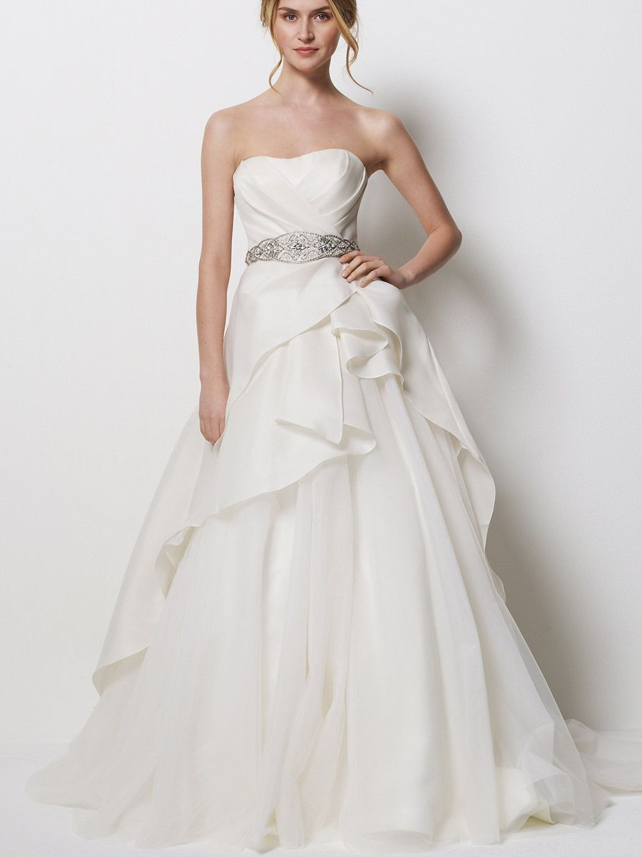 This looks like a dress someone would get on a tv show. | Wedding ...