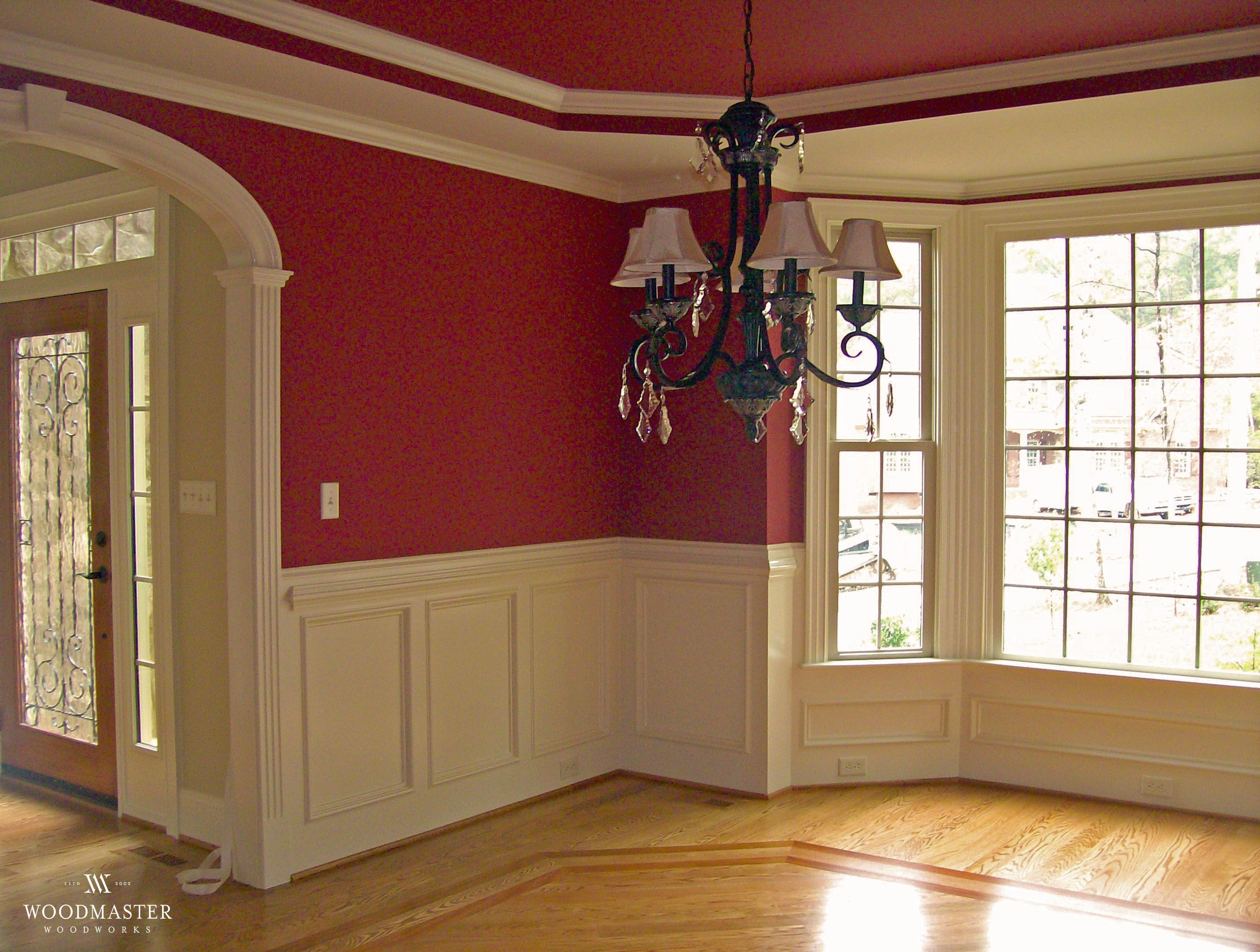 White Wainscoting Tray Ceiling Arch And Bay Window With A Pop Of Color Wow Www Woodmasterwoo Wainscoting Styles White Wainscoting Bay Window Living Room