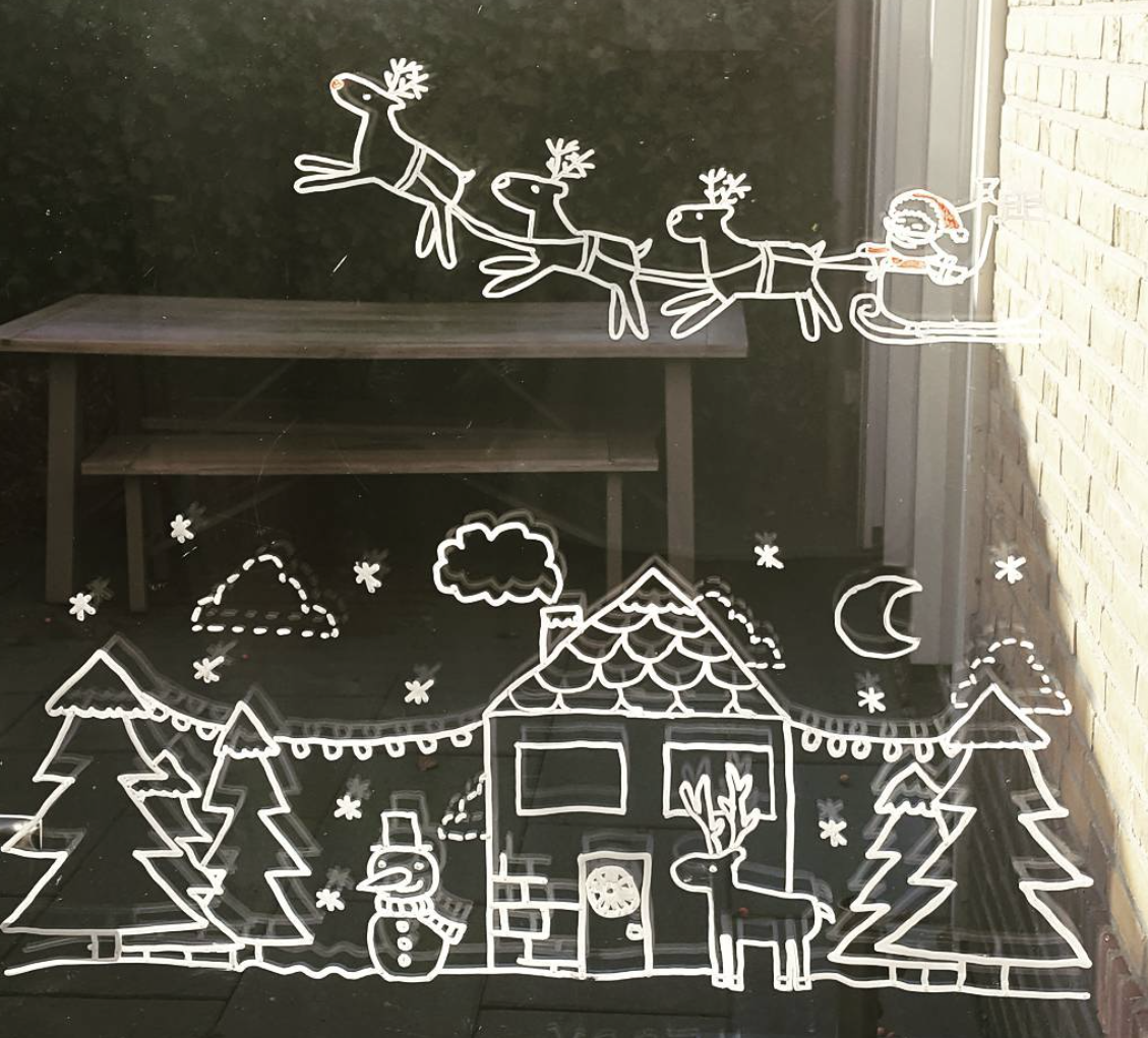Photo of Santa Claus con trineo y Winter Wonderland #Window Drawing de Angelina C.