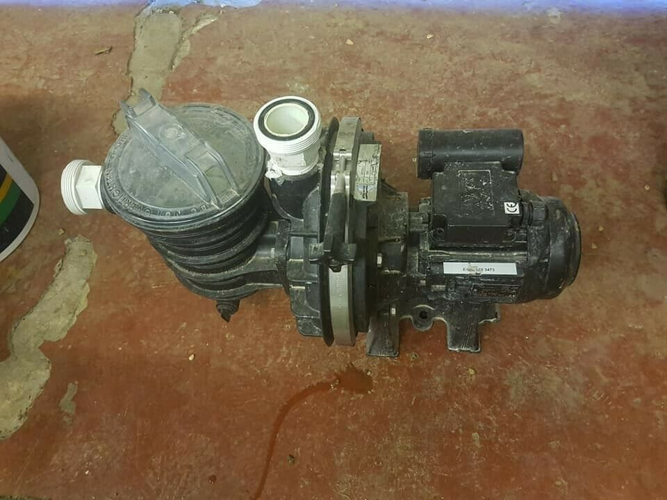 STA-RITE 5P2RD-1 Swimming Pool Pump Used   Malyns Close in ...
