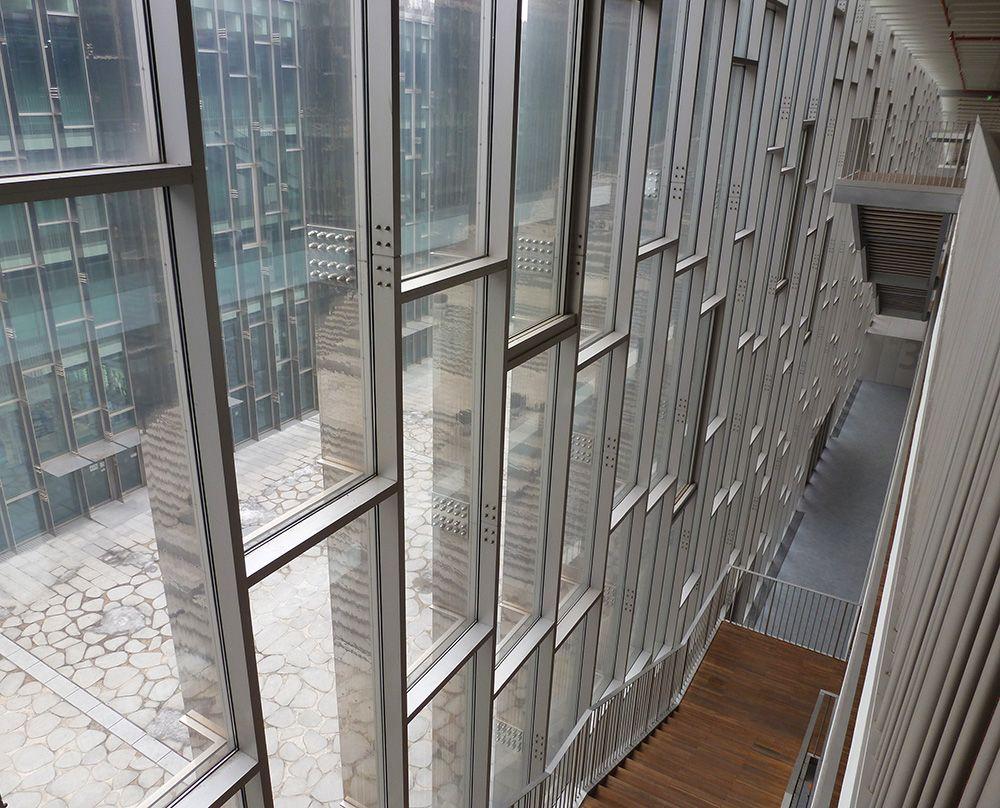 Reversed Steel Mullion Glass Wall Facade