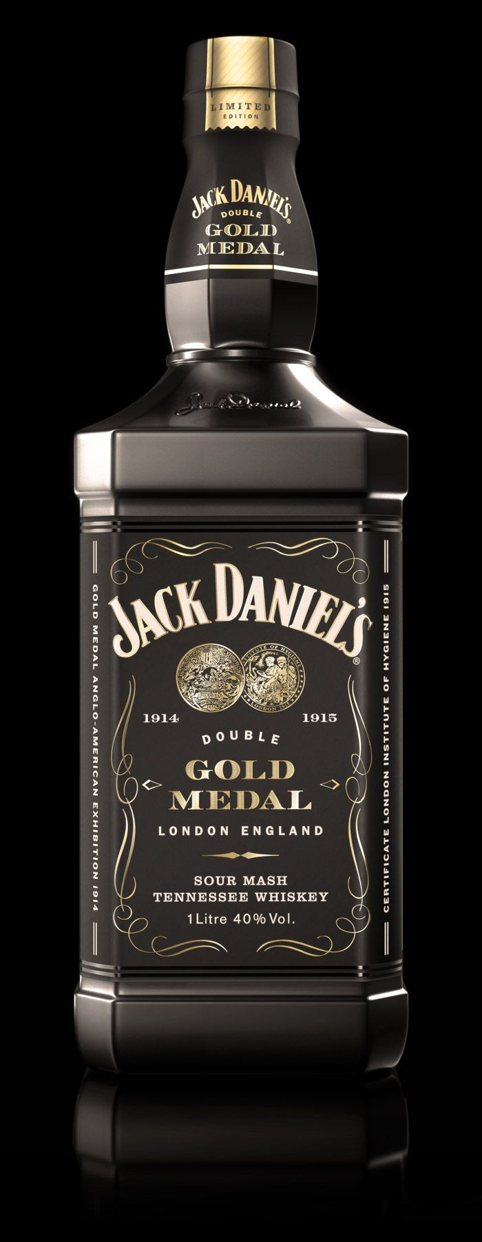 Jack Daniel doppia medaglia d'oro Limited Edition - una bottiglia appositamente confezionata e venduta in esclusiva negli aeroporti di Heathrow, Gatwick e Stansted di Londra.