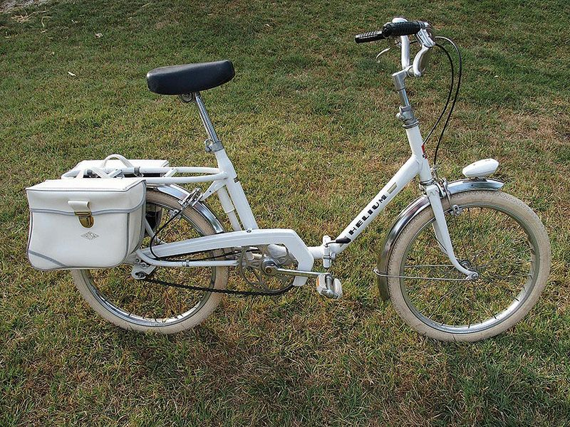 this is a helium folding bike from the early 70's madepeugeot