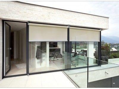 Los toldos verticales son una variante especial de los toldos para fachadas y sirven para - Estores para balcones ...