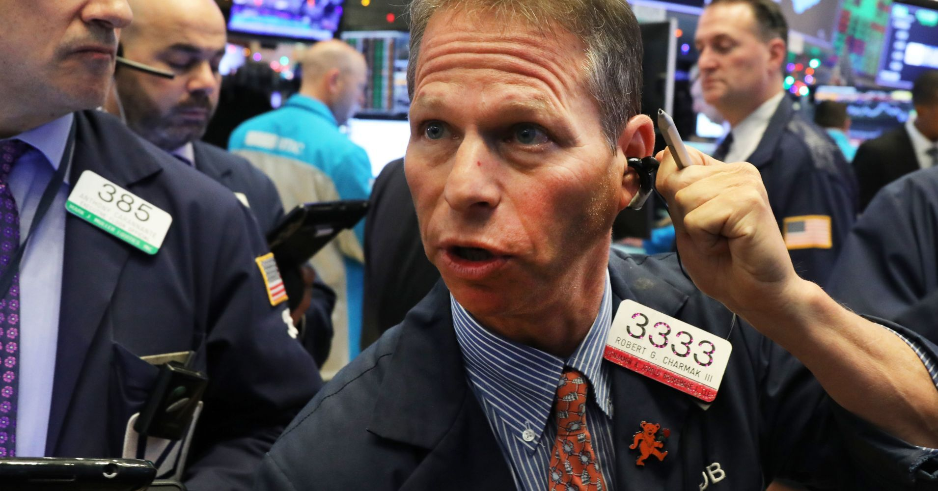 Dow Plunges Nearly 800 Points On Rising Fears Of An Economic Slowdown Dow Trading Dow Jones Industrial Average
