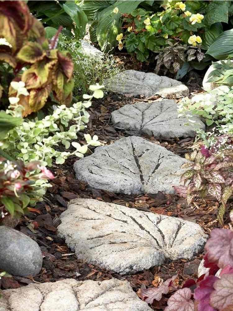 dcoration jardin pas cher faire soi mme en bton coul - Faire Un Jardin Japonais Pas Cher