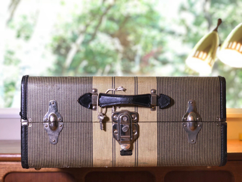 Vintage Suitcase Trunk Tweed Herringbone Black /& Mustard Yellow by Oshkosh Leather Handle