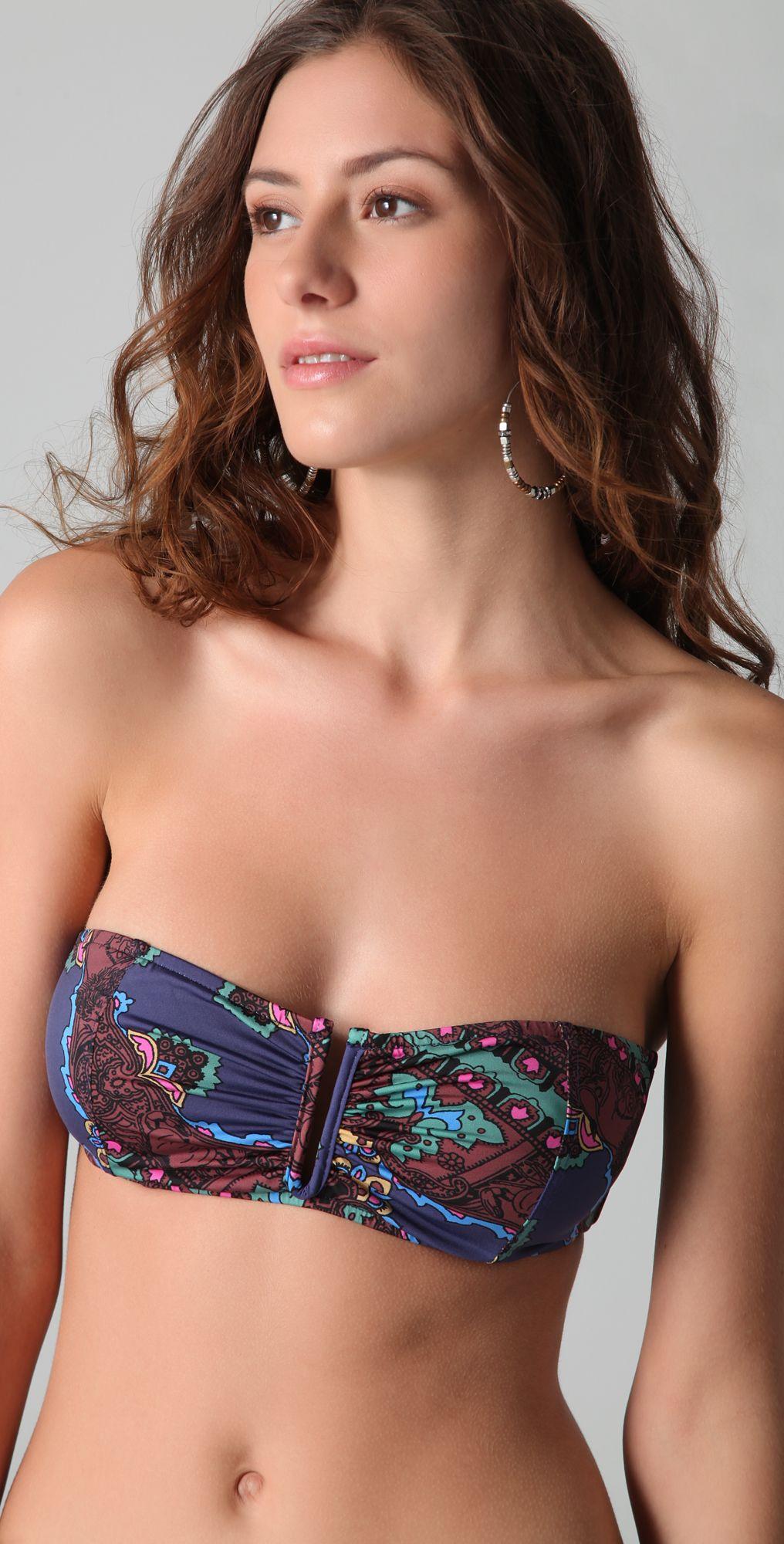 Alejandra Guilmant 16 Famous Women Mexican Models Photoshoot Actresses Portrait Bra