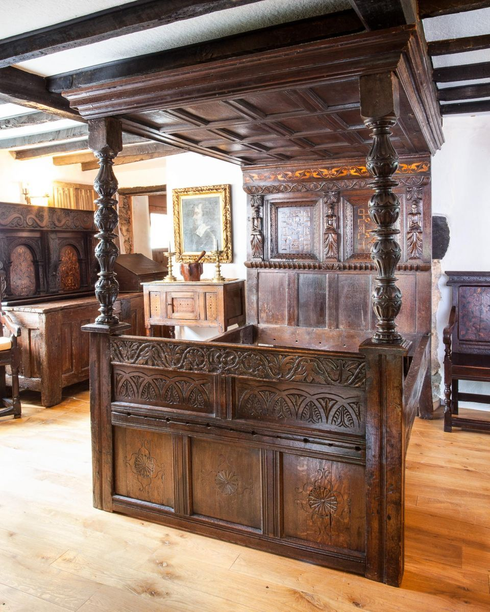 Good Cheap Furniture Online: Late Elizabethan Inlaid Tester Bed, Circa 1580