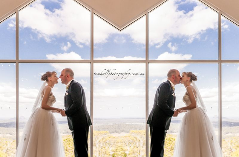Tom Hall Photography Photographs Another Beautiful Wedding At The Amazing Weddings Tiffanys Maleny