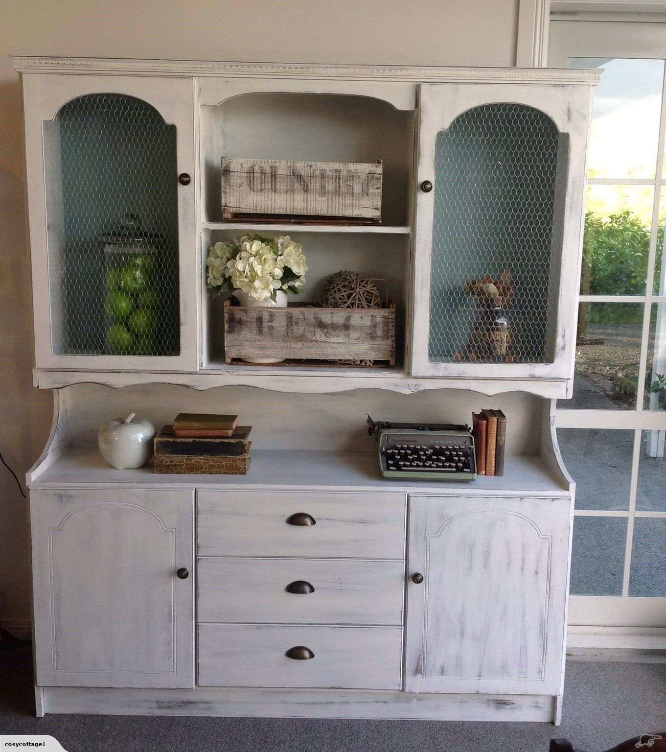 Country style hutch dresser trade me diy painting furniture