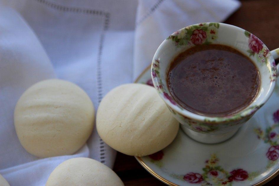 Galletitas de Leche Condensada son perfectas para la once, acompañada de un rico chocolate caliente. Todo listo en 30 minutos! ;-)