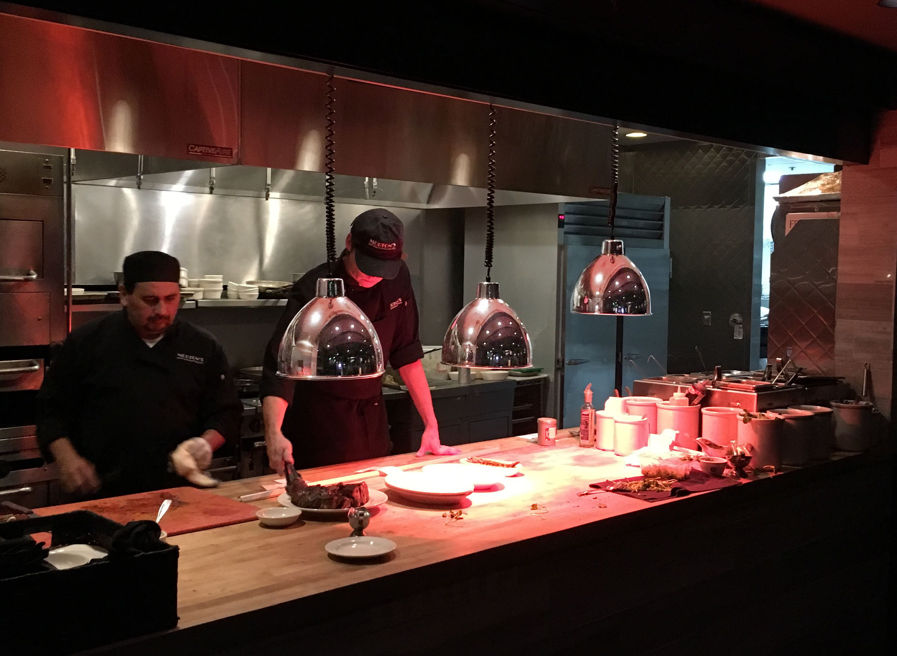 Morton S Steakhouse Los Angeles With Hanson Retractable Heat Lamps