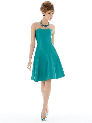 Alfred Sung Style D674 http://www.dessy.com/dresses/bridesmaid/d674/