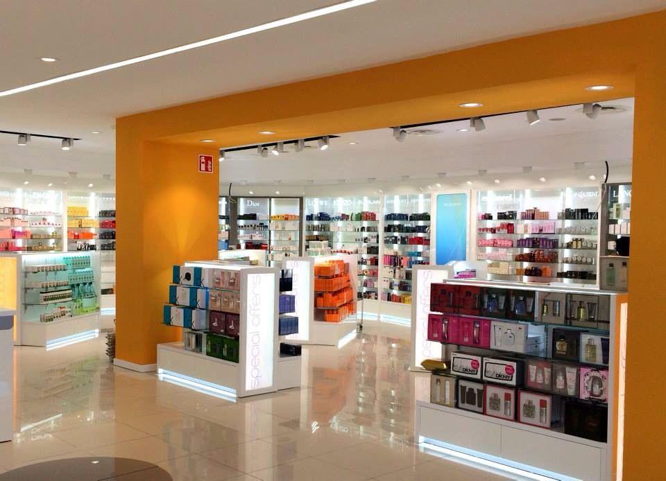 Instalaciones de perfumer as decoraci n de perfumer as for Diseno locales comerciales