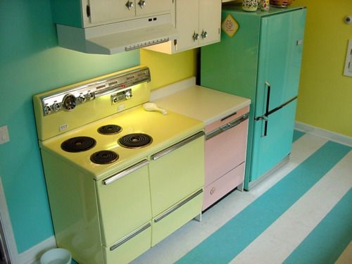 my dream kitchen! adorably vintage and cute as hell!