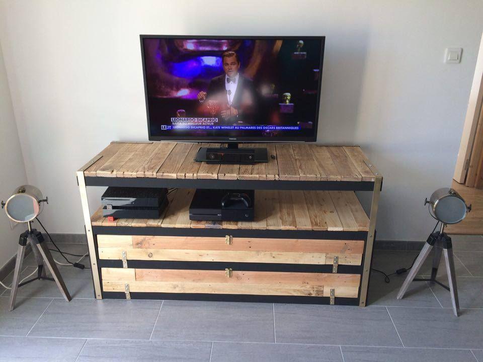 Un meuble t l industriel petit prix meuble t l for Meuble tele petit