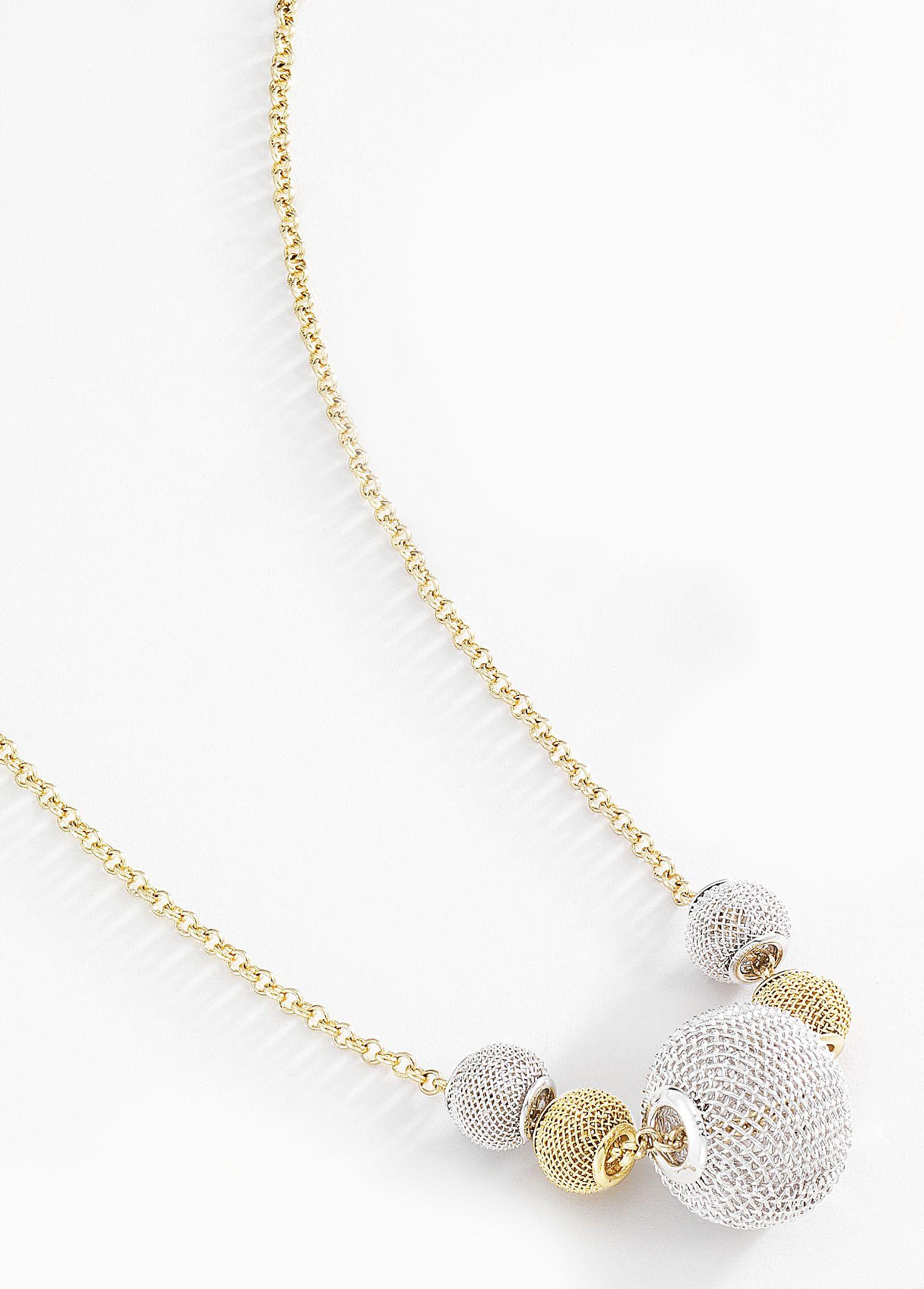 ae47281ad921 Fino collar con cadena delgada y dijes en color blanco y dorado en forma de  filigrana