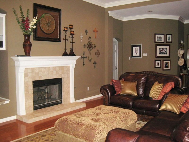 Wonderful Fireplaces In The Dining Room For Cozy And Warm: Small Living Room Fireplace With Tile And White Mantel On
