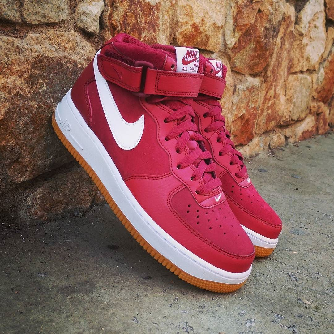 size 40 06f41 4ef4b Nike Air Force 1 Mid