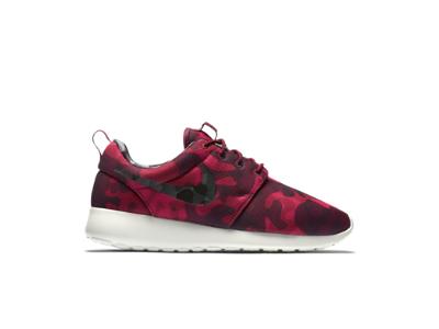 05a213d52b23 Nike Roshe One Print Women s Shoe. Red Camo