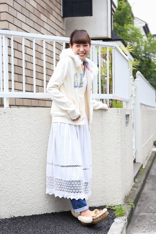 Gapコーデは古着とも相性◎。白で統一した爽やかカジュアルコーデ!