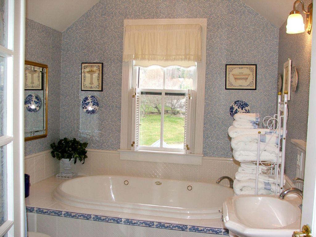 Bathtub Shower Combo Ideas | Hot Tubs & Jacuzzis | Pinterest ...