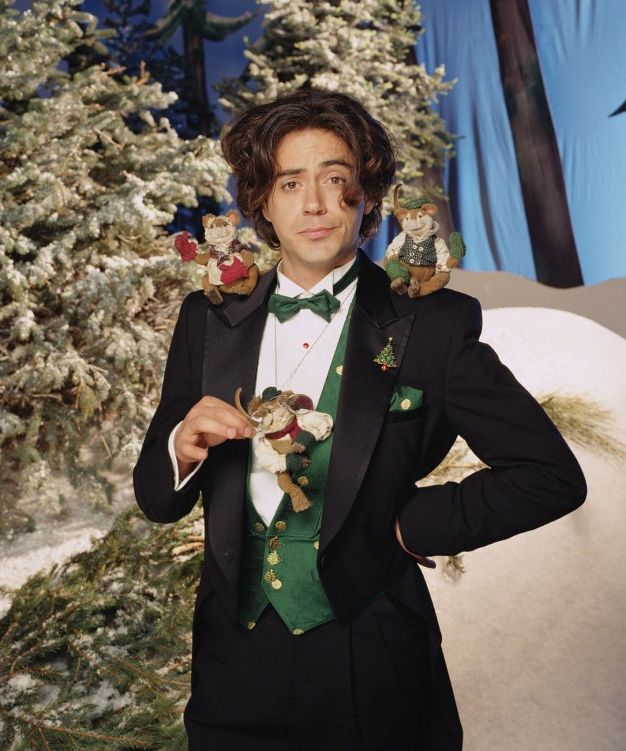 Robert Downey Jr. as Mr. Willowby in Mr. Willowby\'s Christmas Tree ...