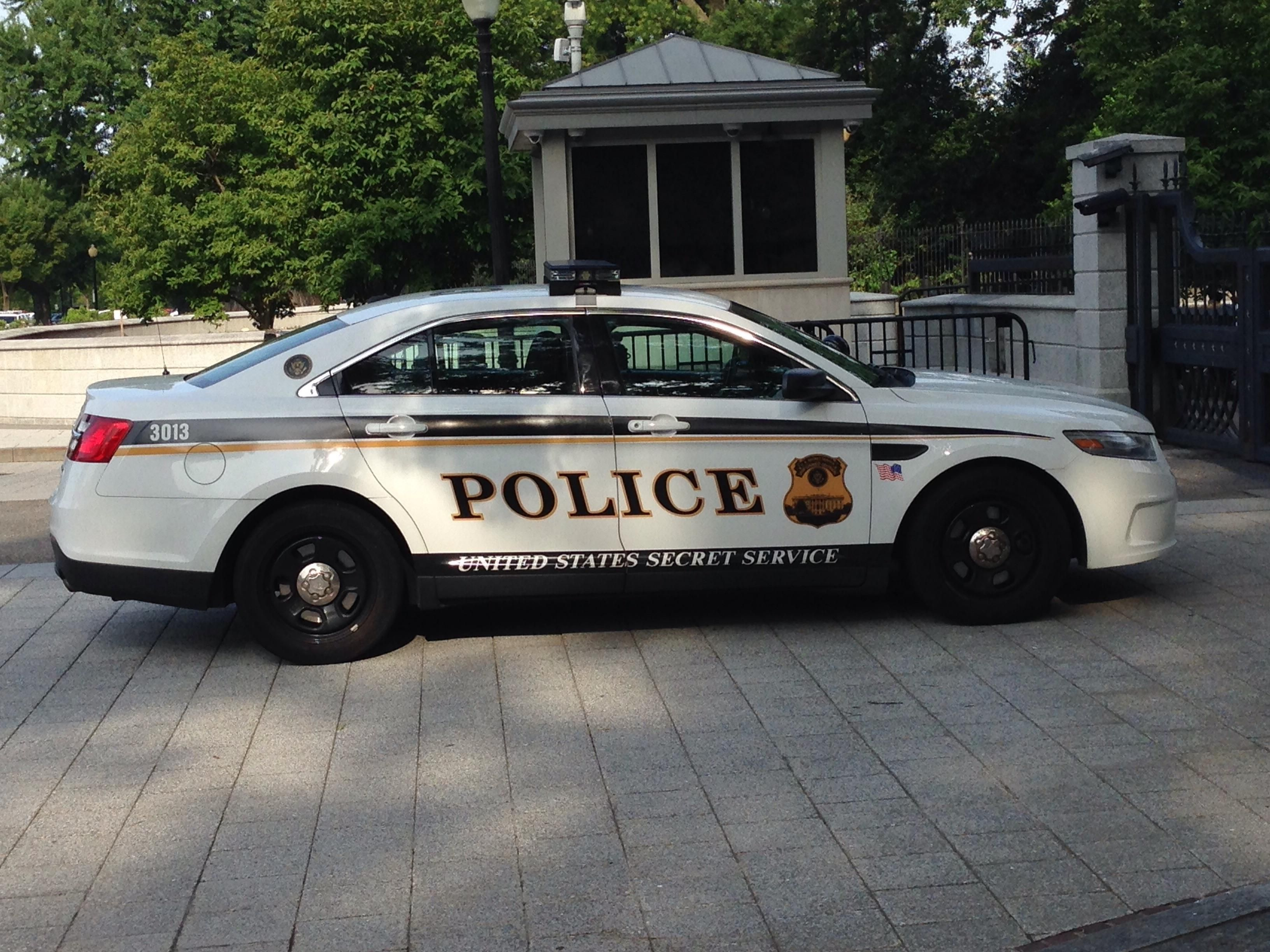 United states secret service police ford police interceptor dc