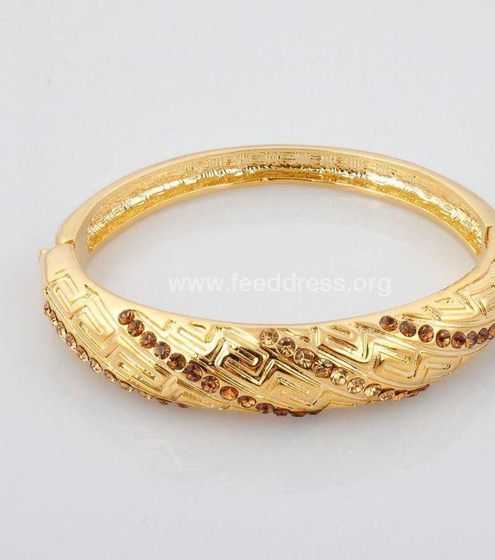 موديلات دهب سعودي غوايش سعودية للعرايس اكسسوارات من الذهب السعودي 5635c8073e4ac7e81529 Gold Bracelet Gold Jewelry