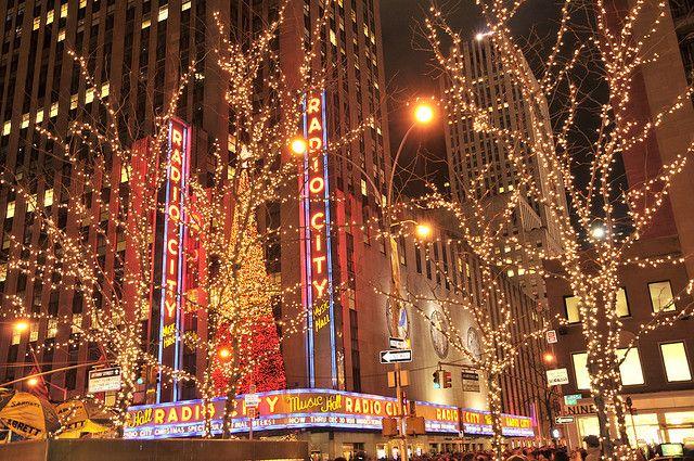 Christmas lighting at Radio City Music Hall, New York by Kbedi, via Flickr - Christmas Lighting At Radio City Music Hall, New York Places I