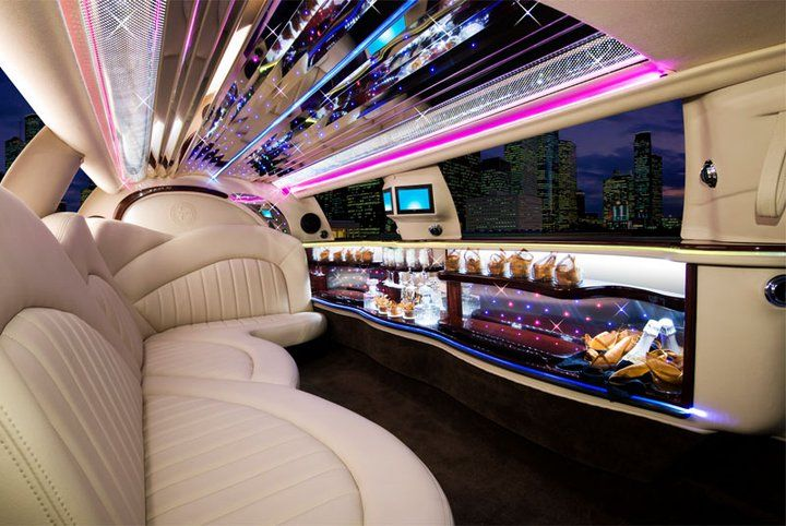 Interior 10 Passenger Lincoln Town Car Limousine From Gold Shield