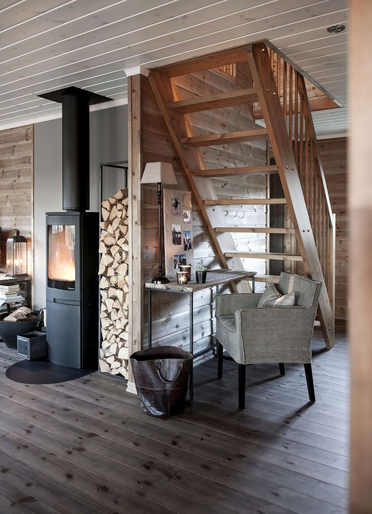 Cozy Kingdom Wooden Cottage In Norway