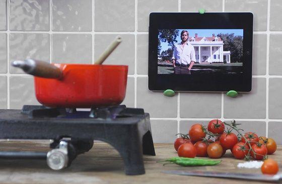 Make useful DIY kitchen hooks | Sugru