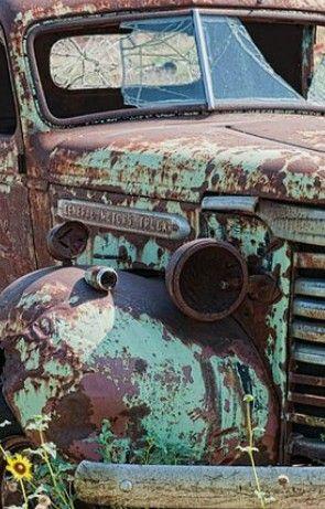 Old Truck Avec Images Voitures Abandonnees Vieilles Voitures Vieux Camions