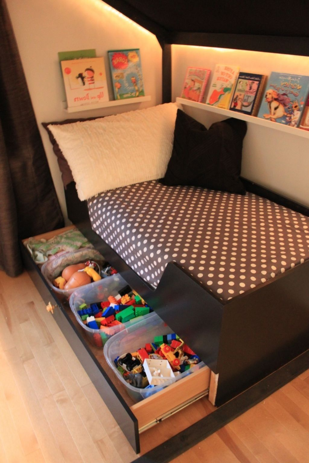 Best Toys Storage Are Helpful In Many Ways Kids Beds With 400 x 300