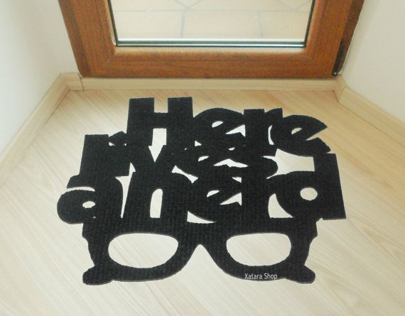 Door mat here lives a nerd and a glasses funny welcome mat xatara shop pinterest door - Geeky welcome mats ...