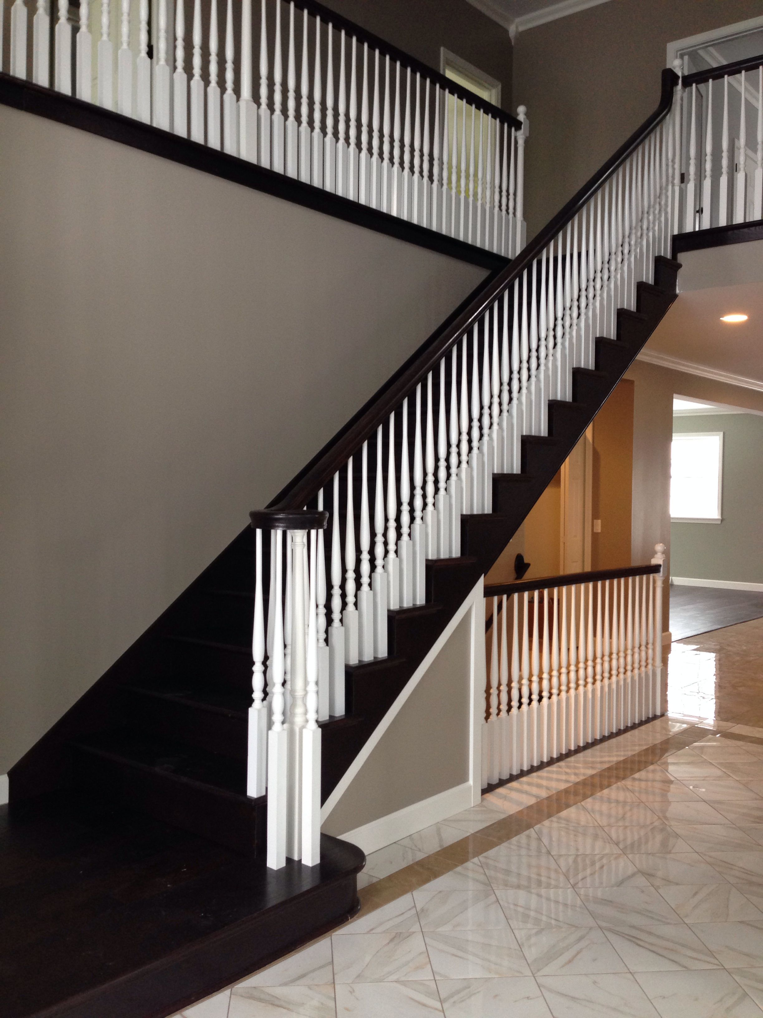 Best Open Foyer And Open Stairway To Basement 400 x 300