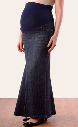 maternity clothes modest | Keep it simple with modest maternity ...