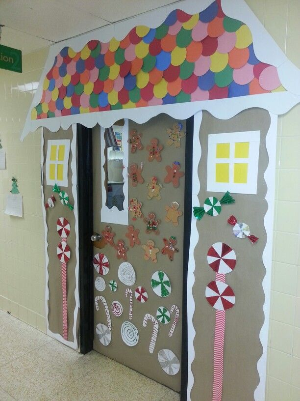 Winter classroom door - gingerbread house | Holidays ...