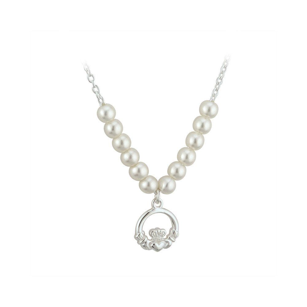 A perfect gift for first communion this faux pearl