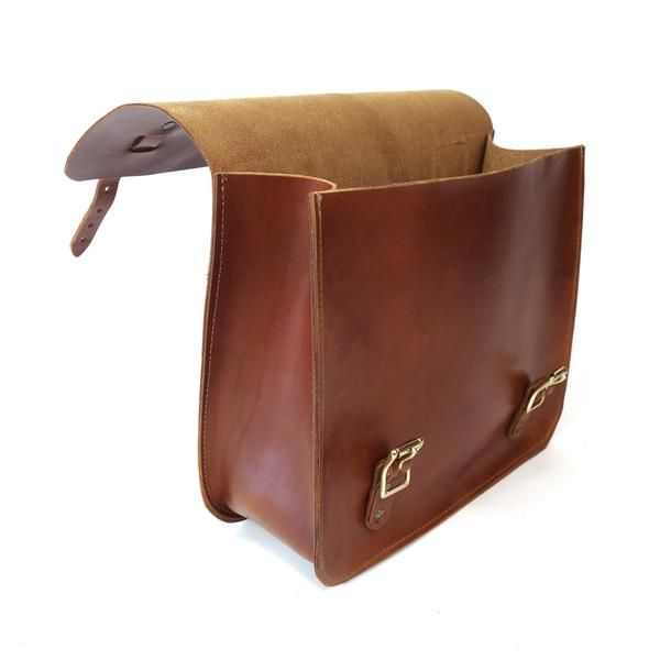 efad56aafca These handmade leather saddle bags are perfect to carry your tools or  personal belongings on your motorcycle or bike.