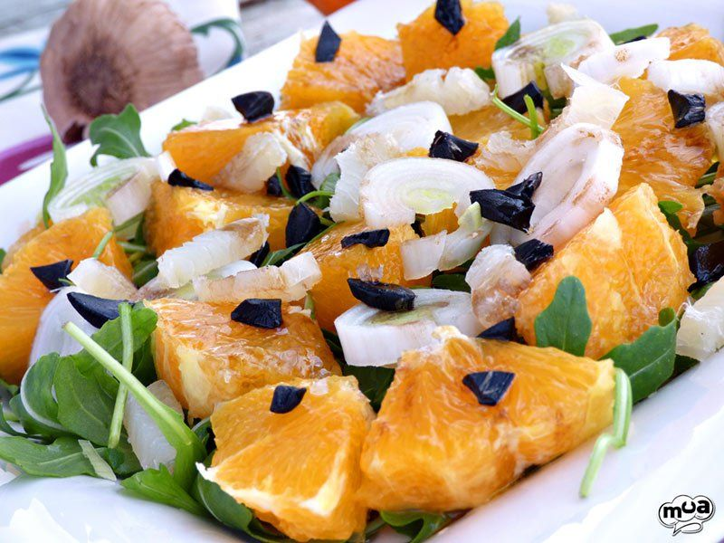 Ensalada de naranja con bacalao