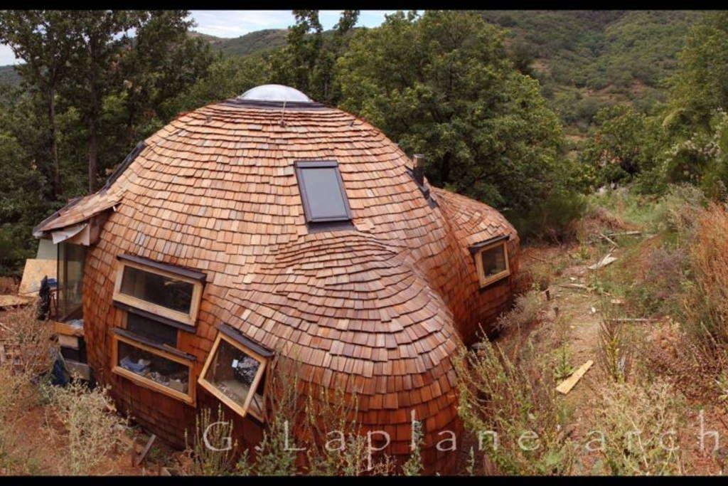 regardez ce logement incroyable sur airbnb maison d me en bois dans la nature maisons. Black Bedroom Furniture Sets. Home Design Ideas